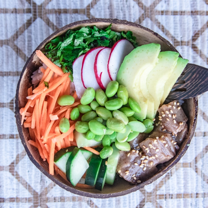 An Easy & Healthy Meal: The Ahi Tuna Poke Bowl