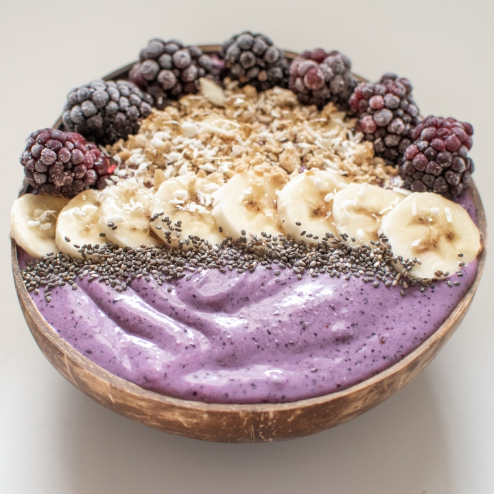 How I make my 10 minute Acai Smoothie Bowl